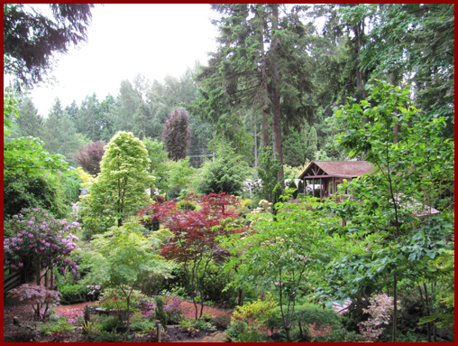 Comox Valley Cottages: Stone Tree Cottage & Gardens, Courtenay, BC